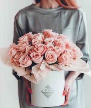 bouquet of pastel roses croatia lela design
